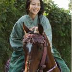 松を演じる木村佳乃さんの乗馬シーン