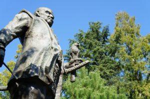 徳川家康公の銅像